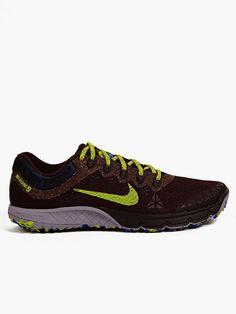 Nike Men's Burgundy Zoom Terra Kiger 2 Sneakers | oki-ni