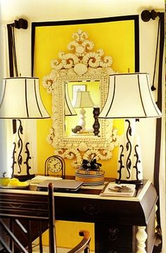 black, yellow and white vignette.adds dramatic deco zing to living room corner Beautiful Space, Beautiful Homes, Beautiful Interiors, Style At Home, Home Office, Halls, Interior Decorating, Interior Design, Decorating Ideas
