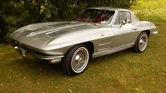 1963 Chevrolet Corvette Split Window Coupe 327 CI, Automatic presented as lot S20 at Harrisburg, PA 2015 - image1