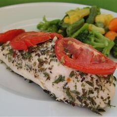Nice Low Fat Dish Garlic Chicken with Basil and Parsley  http://www.AmazingHealthRecipes.com/low-fat-recipes-chicken-with-garlic-basil-and-parsley/