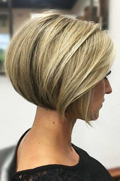 There is no doubt that there are hundreds of cute short haircuts out there waiting for you. We created this exclusive list of top short haircuts to ease your life and to help you come up with a perfect choice! #shorthaircuts #haircuts