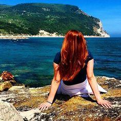 "This #sea is filled with  #voices and the #sky with #visions."" (Giovanni Pascoli, Thoughts and Speeches, 1914).  ❤  ""Questo #mare è pieno di #voci e questo #cielo è pieno di #visioni"".  (Giovanni Pascoli, Pensieri e Discorsi, 1914).  #ParcodelConero #landscape #naturebeauty #naturelover #skyline #poetry #poesia #poet #GiovanniPascoli #RivieradelConero #Marchebellezza (ph enrivee on instagram)"
