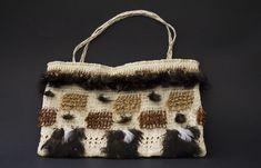 Kete - Rāranga | NZ Māori Arts and Crafts Art Maori, Flax Weaving, Maori Designs, First Nations, Fiber, Art Gallery, Arts And Crafts, Reusable Tote Bags, Textiles