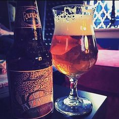 Azacca hops are so light and bright...the rich malt gets to shine too - Azacca IPA by Founders Brewing @foundersbrewing  #foundersbrewing #azaccahops #indiapaleale #craftbeer