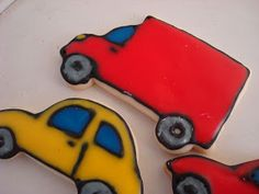 Every little boy needs to have at least one of his birthdays dedicated to cars. Car Cookies, Car Party, Cooking Ideas, Birthdays, Food, Anniversaries, Essen, Birthday, Meals