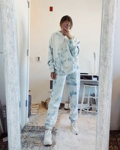 Relaxed Fit Polyester and Spandex Hand Wash Cold, Dry Flat Made in the U. How To Tie Dye, Tie And Dye, Blue Tie Dye, Tie Dye Hoodie, Tie Dye Shirts, Band Shirts, Zip Hoodie, Bleach Tie Dye, Tye Dye