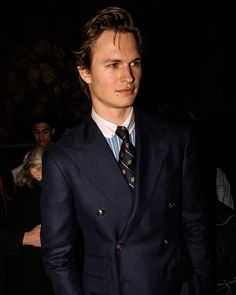 """Ansel Elgort wearing a Polo Ralph Lauren Navy Double Breasted suit to attend the """"VERY RALPH"""" documentary premiere in New York City Ivy League Style, Preppy Mens Fashion, Best Friend Photos, Prep Style, Double Breasted Blazer, Sharp Dressed Man, Timeless Fashion, Men Dress, Kids Outfits"""