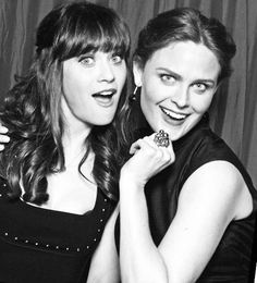 Zooey and Emily Deschanel | Sisters ❤