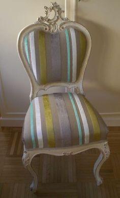 La rivincita dei vecchi mobili; sedia sbiancata e rivestita con tessuto a righe www.archedy.com