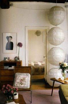 A stack of lanterns illuminates a corner of Vanessa Bruno's Paris apartment. Photograph by Birgitta Wolfgang Drejer. For instructions, go to Vanessa Bruno's Stacked Paper Lanterns. My Living Room, Home And Living, Living Spaces, Paper Lantern Making, Paper Lampshade, Sweet Home, Home Decoracion, Piece A Vivre, Interior Paint Colors