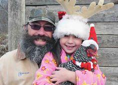 http://www.backyardpoultrymag.com/wp-content/uploads/2014/05/ChristmasGuyGirlChicken.jpg
