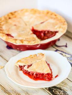 Best Ever Strawberry Rhubarb Pie Recipe Yummy Recipes, Lemon Recipes, Pie Recipes, Dessert Recipes, Cooking Recipes, Yummy Food, Easy Strawberry Rhubarb Pie, Strawberry Recipes, Puddings