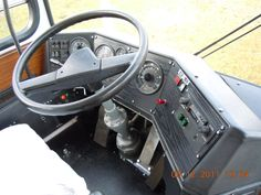 ikarus-255-7