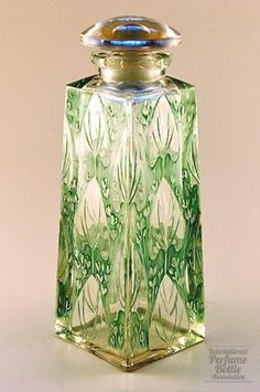 Nenuphar (Water Lilies) Glass Perfume Bottle With Green Patina By Rene Lalique - France  c.1911