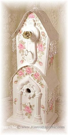 .What a sweet birdhouse!
