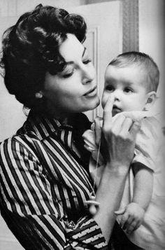silver-screen-nostalgia: Ava Gardner - On The Beach 1959