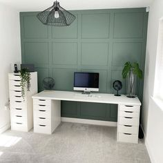Home Office Bedroom, Home Office Setup, Home Office Space, Office Ideas, Spare Room Office, Garden Home Office, Home Office Paint Ideas, Small Office Decor, Sunroom Office