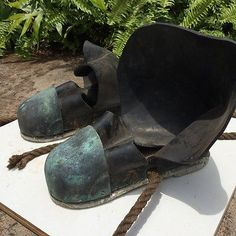 Vintage Deep Sea Diver Lead Sole Underwater Diving Weights Shoe - http://scuba.megainfohouse.com/vintage-deep-sea-diver-lead-sole-underwater-diving-weights-shoe/
