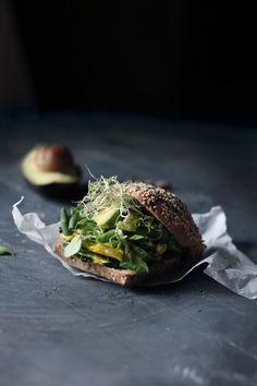 Panino con la Frittata (Sandwich with Spinach Ricotta Frittata) | Hortus Natural Cooking