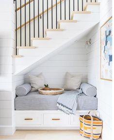Staircase Storage, Stair Storage, Staircase Design, Modern Staircase, Interior Design Under Staircase, Decorating Staircase, Staircase Handrail, Iron Staircase, Bench Storage