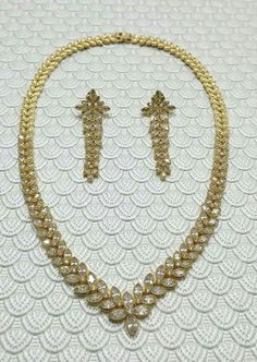 Jewelry cubic zirconia necklace & earrings. Collar, aretes, joyas.