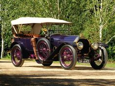 So classy.so classy. Vintage Cars, Antique Cars, Peugeot France, Psa Peugeot Citroen, Hd Widescreen Wallpapers, Car Photos, Cars Motorcycles, Cool Cars, Classic Cars