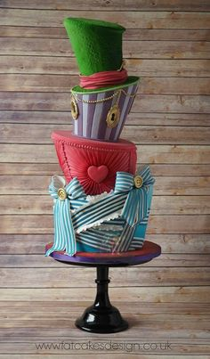 Alice in Wonderland Inspired Cake - For all your cake decorating supplies, please visit craftcompany.co.uk