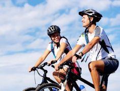 Mehr Ausdauer durch Radfahren       Egal, ob Sie Ihr Fitnessprogramm im Studio oder an der frischen Luft absolvieren: Beim Radfahren können Sie toll Kalorien verbrennen, Ihre Muskeln straffen, Ihre Kondition steigern und dabei auch Spaß haben!  Lesen Sie dazu den Blog auf der Website!