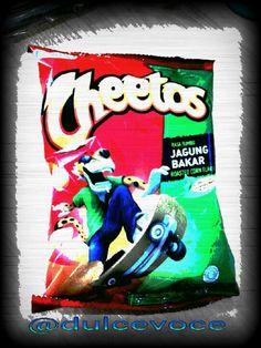 Cheetos always my fave junk-snack