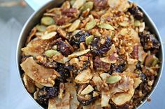 Paleo Pumpkin Granola | http://friskylemon.com/2013/10/15/paleo-pumpkin-granola/