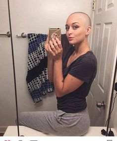 Attractive women look their best with their eyebrows shaved off, and head shaved smoothly bald. Ladies Shave Your Head! Bald Head Women, Shaved Hair Women, Revealing Swimsuits, Girls With Shaved Heads, Super Short Hair, Bald Girl, Bald Heads, Hair Styler, Layered Haircuts
