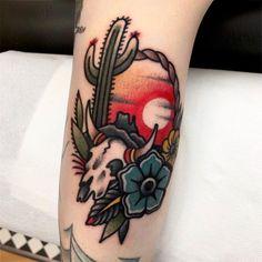 Old Style Tattoos, Art Tattoos, Flower Tattoos, Cool Tattoos, Traditional Tattoo Woman, Traditional Tattoo Flowers, Traditional Tattoos, Shoulder Tattoo, Shoulder Sleeve