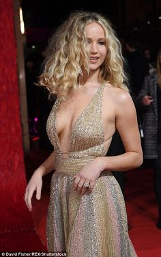 """Jennifer Lawrence Nice Cleavage At """"Red Sparrow"""" Premiere In London Jennifer Lawrence Red Sparrow, Jennifer Lawrence Hot, Jenifer Aniston, Beautiful Celebrities, Beautiful Actresses, Gorgeous Women, Gorgeous Body, Beautiful People, Dior Couture"""