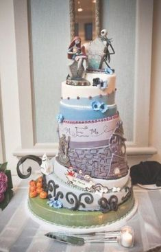 wedding cakes disney Wedding Cakes Disney Nightmare Before Christmas 30 Ideas Pretty Cakes, Cute Cakes, Beautiful Cakes, Amazing Cakes, Wedding Cake Designs, Wedding Cake Toppers, Wedding Ideas, Trendy Wedding, Gold Wedding