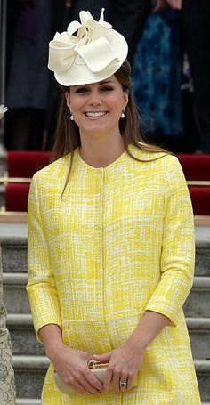 Duchess of Cambridge | The Royal Hats Blog / View One #millinery #hat #judithm