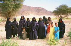 Anja Fischer / Imuhar (Tuareg) - Clothing