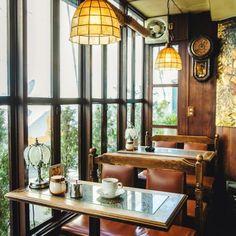 Home Decoration Living Room Referral: 7996363689 Cozy Restaurant, Vintage Restaurant, Modern Restaurant, Vintage Diner, Retro Cafe, Interior Concept, Restaurant Interior Design, Cafe Concept, Cozy Cafe