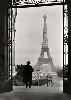 Clifton R. Adams Tour Eiffel, from Palais du Trocadéro, Paris, 1929 Hope to see this someday!