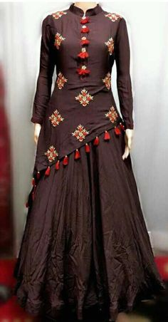 How To Hire Designer Fashion & Dresses Source by amycreations dresses indian Indian Gowns Dresses, Women's Dresses, Party Wear Dresses, Pakistani Dresses, Stylish Dresses, Fashion Dresses, Fashion Blouses, Elegant Dresses, Kurta Designs Women