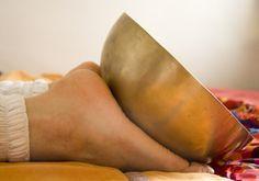 Tibetan bowl sounds into the feet