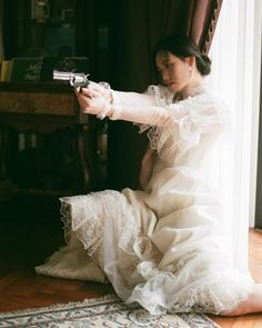 """fifth of you guys practice shooting"" serie spindle cove series Tessa Dare Story Inspiration, Writing Inspiration, Character Inspiration, Pretty People, Beautiful People, Foto Gif, Princess Aesthetic, Pose Reference, Ikon"