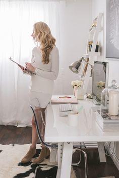 """Képtalálat a következőre: """"feminine white office"""""""