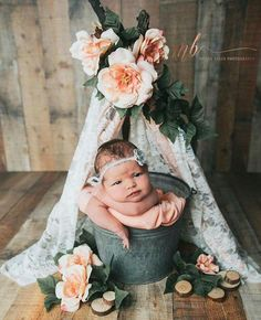 Inspiration For New Born Baby Photography : Tepee - NewBorn - Foto Newborn, Newborn Baby Photos, Baby Poses, Newborn Posing, Baby Girl Photos, Newborn Shoot, Newborn Pictures, Baby Girl Newborn, Baby Pictures