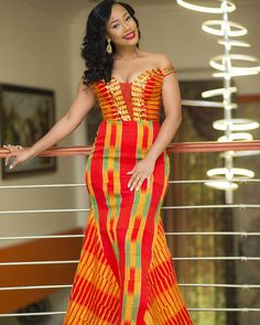 Hey Guys, We have selected some of the finest Kente styles that can fit your personality. Every one of us is a boss chic depending how we look at what we do. Kente fabrics are not new local fabric… African Inspired Fashion, Latest African Fashion Dresses, African Dresses For Women, African Print Dresses, African Print Fashion, Africa Fashion, African Wedding Attire, African Attire, African Wear