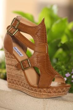 Light Like A Feather Aztec Printed Wedges (Tan)