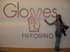 An Happy Customer!!! #gloves #gloves1899 #leather #craftsmen #tradition #style #fashion #moda #naples #napoli #italy #italia #madeinitaly #top #class #topclass #couture #hautecouture #gants #history #artigiani #amazing #followme #art #italianstyle