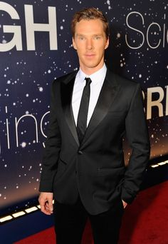 Benedict #Cumberbatch #Interview: 'Hamlet' Star Draws to Cope With Fame