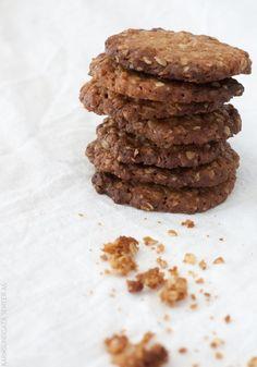 Kjempe godt litt sunnere havrekjeks Finger Foods, Snacks, Cookies, Chocolate, Eat, Desserts, Recipes, Crack Crackers, Tailgate Desserts