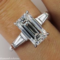 Gorgeous GIA Certified 2.12CT Estate Vintage Solitaire Emerald Cut Diamond Engagement Wedding Ring in Platinum with Baguettes
