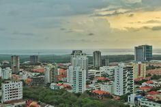 Panorámica norte de la ciudad, mirando al Mar Caribe